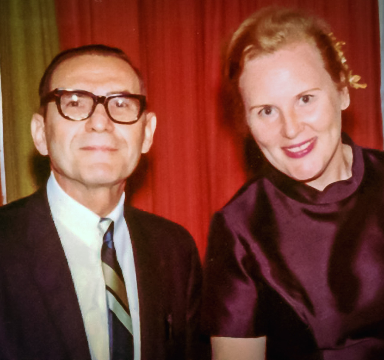 Photo of George and Leah Hollander